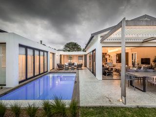 Sphere Design & Architecture Modern Evler