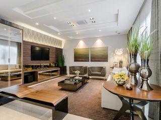 TRÍADE ARQUITETURA Modern Living Room