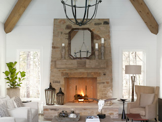 Christopher Architecture & Interiors Country style living room