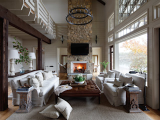 Christopher Architecture & Interiors Rustic style living room