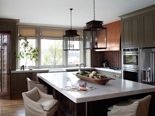 Christopher Architecture & Interiors Rustic style kitchen