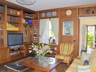 Gli Artigiani dei f.lli M.& S. Cordi snc Living roomTV stands & cabinets Solid Wood Brown