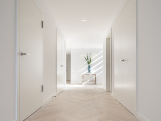 Wick Lane, Christchurch. Jigsaw Interior Architecture Modern Corridor, Hallway and Staircase Solid Wood White