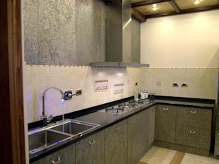 Gli Artigiani dei f.lli M.& S. Cordi snc KitchenCabinets & shelves Stone Metallic/Silver