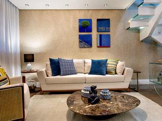 Milla Holtz & Bruno Sgrillo Arquitetura 现代客厅設計點子、靈感 & 圖片
