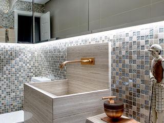 Milla Holtz & Bruno Sgrillo Arquitetura 浴室