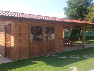 Arredo urbano service srl Classic style garage/shed Wood Brown