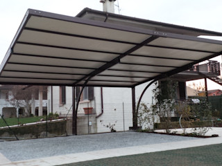 Arredo urbano service srl Modern garage/shed Iron/Steel Brown