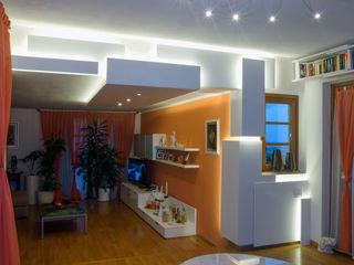 """"""" The Love - The sculpture"""" Luca Bucciantini Architettura d' interni Soggiorno minimalista Bianco"""