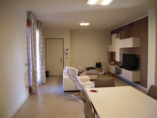ARREDAMENTI VOLONGHI s.n.c. Living roomCupboards & sideboards Kayu Buatan White