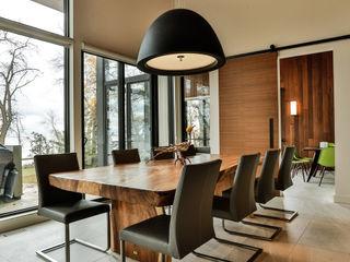 Unit 7 Architecture Comedores de estilo moderno