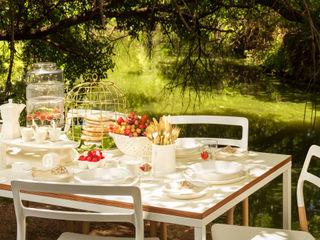 table settings Deborah Garth Interior Design International (Pty)Ltd Scandinavian style houses