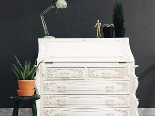 Rafaela Fraga Brás Design de Interiores & Homestyling CasaAcessórios para animais Madeira Branco