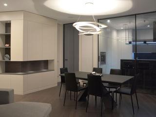 GRITTI ROLLO   Stefano Gritti e Sofia Rollo Salones de estilo moderno Vidrio