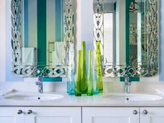 House Paterson Road The Painted Door Design Company Eclectic style bathroom