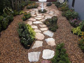 Dear_landscape Rustic style garden Concrete Brown