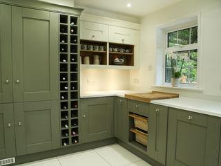 Laura Ashley Whitby Range in Olive & Ivory Hehku Dapur Klasik Beige