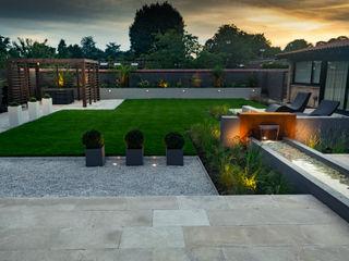 A contemporary industrial garden Robert Hughes Garden Design JardínPiscinas y estanques