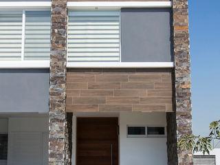 RESIDENCIA GACO Excelencia en Diseño Casas minimalistas Piedra Blanco