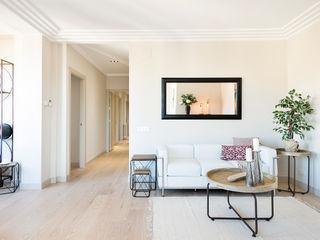 Markham Stagers 现代客厅設計點子、靈感 & 圖片