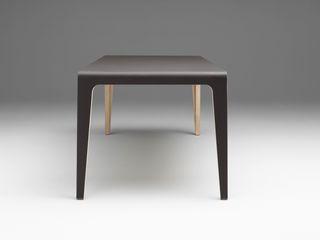 destilat Design Studio GmbH Dining roomTables