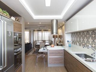 Cassiana Rubin Arquitetura Minimalist kitchen