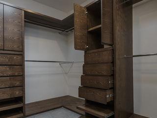 2M Arquitectura Modern dressing room