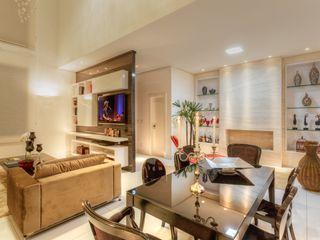 JANAINA NAVES - Design & Arquitetura Living room Wood-Plastic Composite Beige