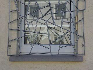 Fenstergitter aus Edelstahl Metall & Gestaltung Dipl. Designer (FH) Peter Schmitz Fenster & TürGardinen und Vorhänge