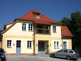 Ehemaliger Tanzsaal fit gemacht für moderne Nutzung Klaus Geyer Elektrotechnik Klassische Bürogebäude
