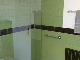 Bathroom Refurbishment and Re-design Kerry Holden Interiors 現代浴室設計點子、靈感&圖片
