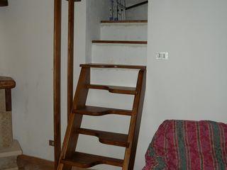 Gli Artigiani dei f.lli M.& S. Cordi snc Corridor, hallway & stairsStairs Wood