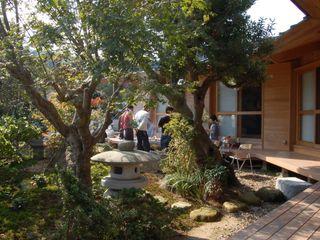 大工棟梁と造る家 環アソシエイツ・高岸設計室 庭植木&花 木 多色