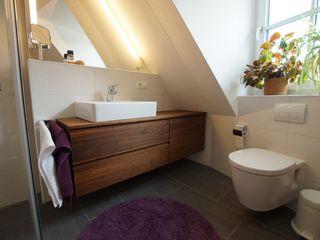 Lignum Möbelmanufaktur GmbH BathroomStorage Kayu