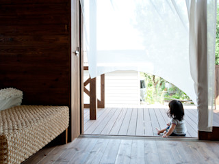 アジアンスタイル木庵(コアン) 環アソシエイツ・高岸設計室 和風デザインの テラス 木 多色