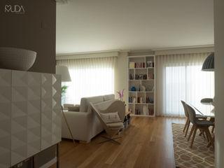 MUDA Home Design Salas modernas