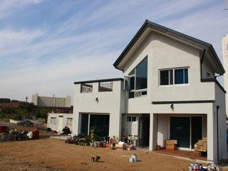 DA건축사사무소(Architects DA) Modern houses