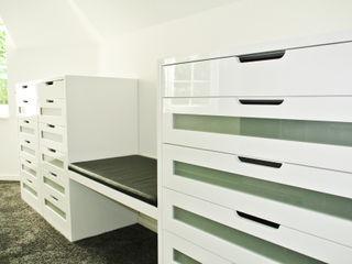 Villa Planungsbüro für Innenarchitektur Moderne Ankleidezimmer