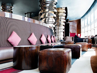 Commercial Projects Gracious Luxury Interiors Eclectic style bars & clubs Multicolored