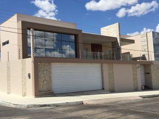 Cris Nunes Arquiteta Casas de estilo clásico