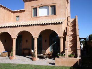 CASA EN RINCON DE MILBERG - TIGRE Rocha & Figueroa Bunge arquitectos Casas clásicas