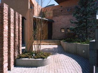 地中海をイメージする大型住宅 豊田空間デザイン室 一級建築士事務所 地中海風 家 石 ベージュ