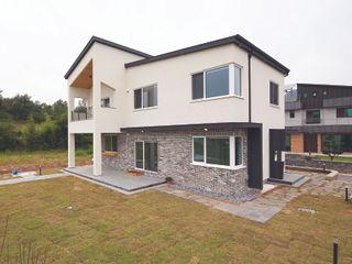 (주)그린홈예진 Modern houses