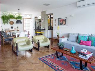 Reforma de apartamento - Ateliê Paralelo Joana França Salas de estar modernas