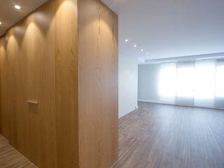 Bocetto Interiorismo y Construcción Salas de estilo minimalista Madera Acabado en madera