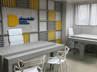 KOSH Arquitetura & Interiores Modern study/office