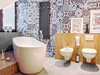 MOTHI.form Scandinavian style bathroom Concrete White