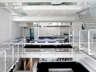 Joe Ginsberg Design Modern dining room