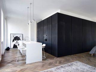 INT2architecture Kitchen Black