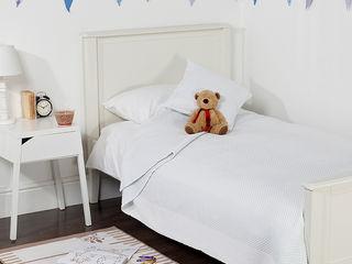 Kid's Bedrooms by King of Cotton King of Cotton Quarto de criançasCamas e berços Algodão Branco